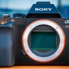 Wideotest bezlusterkowca Sony A7R