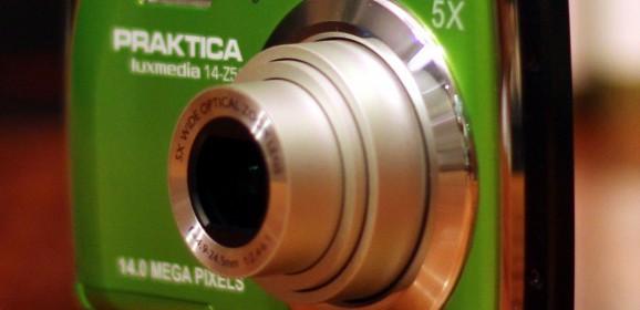 Wideotest: Praktica Luxmedia 14-Z51  tani kompakt z trybem ręcznych ustawień