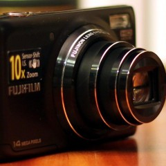 Wideotest Fujifilm Finepix T350  kieszonkowy kompakt z 10-krotnym zoomem