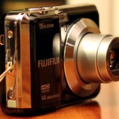 Wideotest Fujifilm Finepix AX500  prosty kompakt za mniej, niż 200 zł