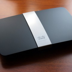Wideotest Cisco Linksys EA4500 – router z USB i chmurą danych