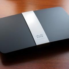 Wideotest Cisco Linksys EA4500  router z USB i chmurą danych