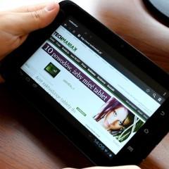 Wideotest Lark FreeMe 70.15  wielofunkcyjny tablet z 3G i nawigacją