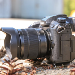 Wideotest Panasonic Lumix GH5. Kamera o wyglądzie aparatu