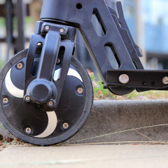 Wideotest i porównanie hulajnogi elektrycznej GoClever City Rider 5 i City Rider 5 Carbon